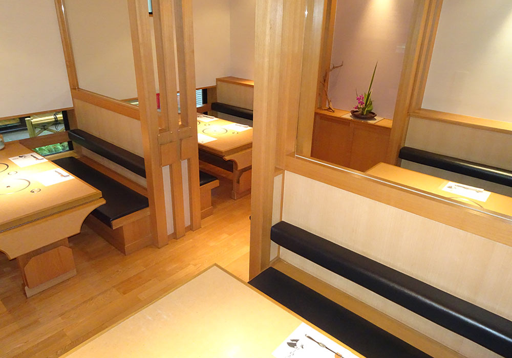 Kurashiki branch introspectiveness - hall (table chair seat) one seat 1~6 name state ※In the hall, possible reservations more than 21 people (to up to 30 people)