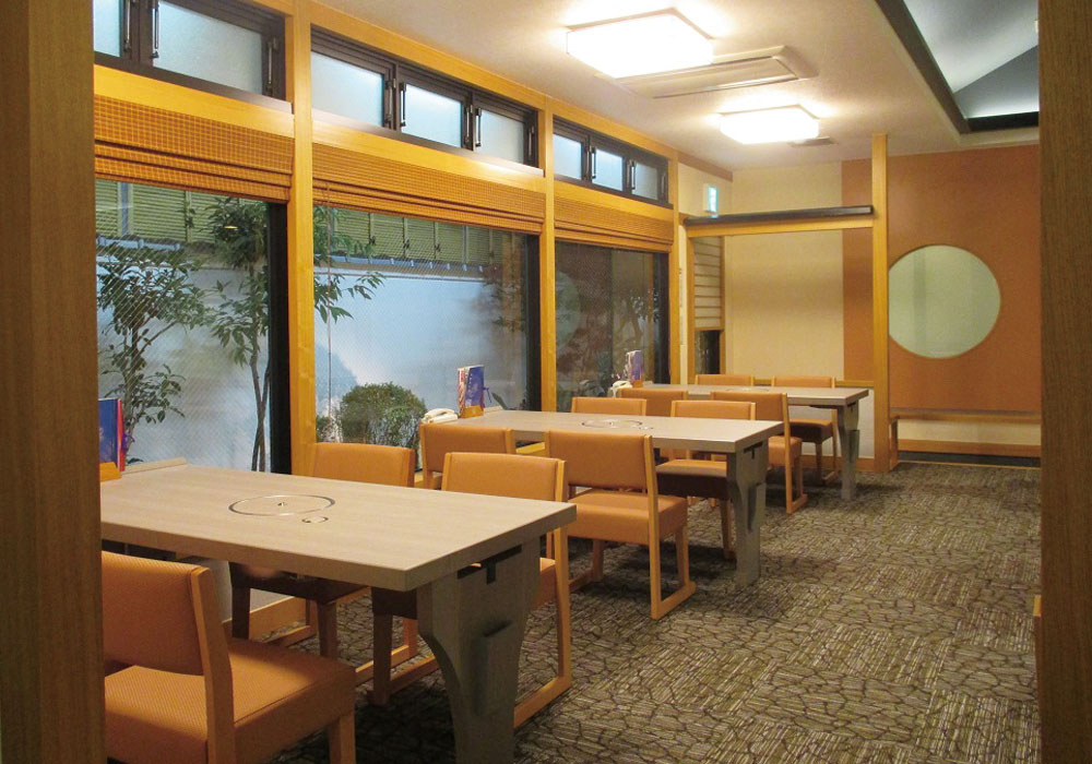 Hirakata branch introspectiveness - chair seat (as wheelchair, you can eat.)