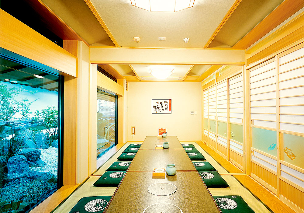 Room (dig seat) in Dotombori Honten (The Original/Main restaurant) introspectiveness -7 floor