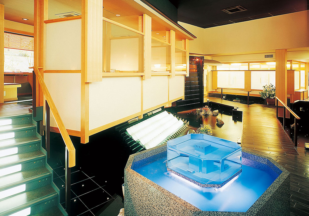 It is fish preserve in Itami branch introspectiveness -