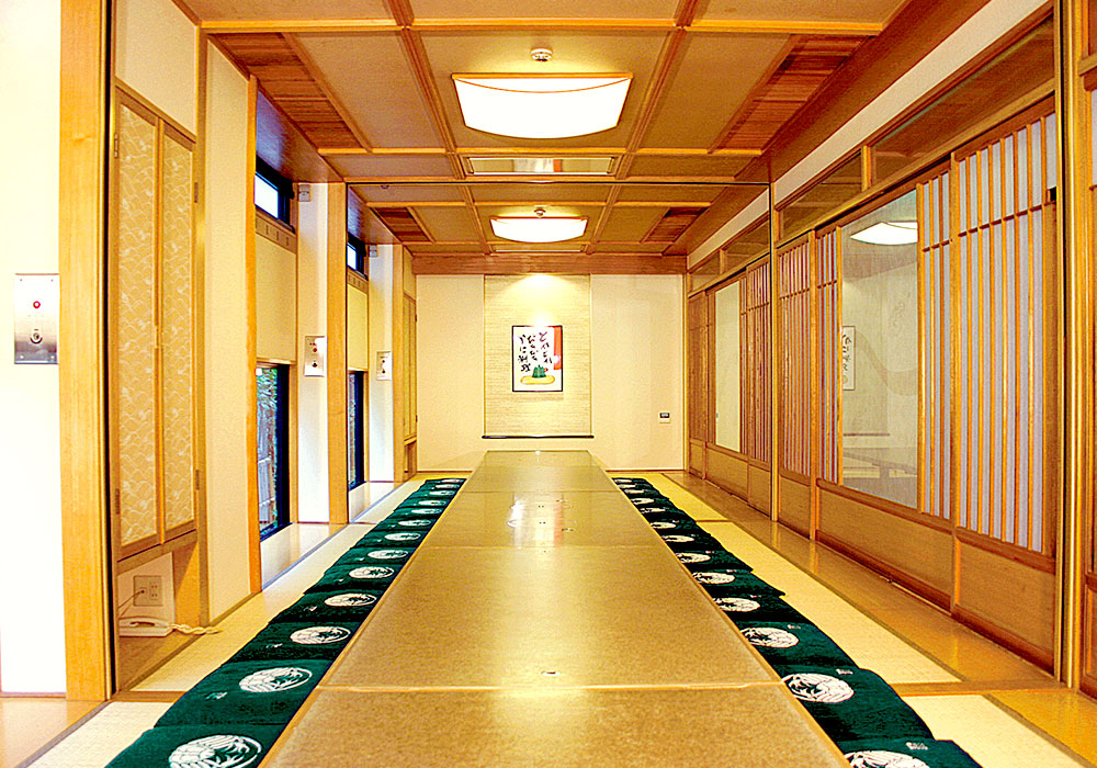 Nara Honten (Main in Nara) introspectiveness - large hall (accommodate 26 people) (dig seat)