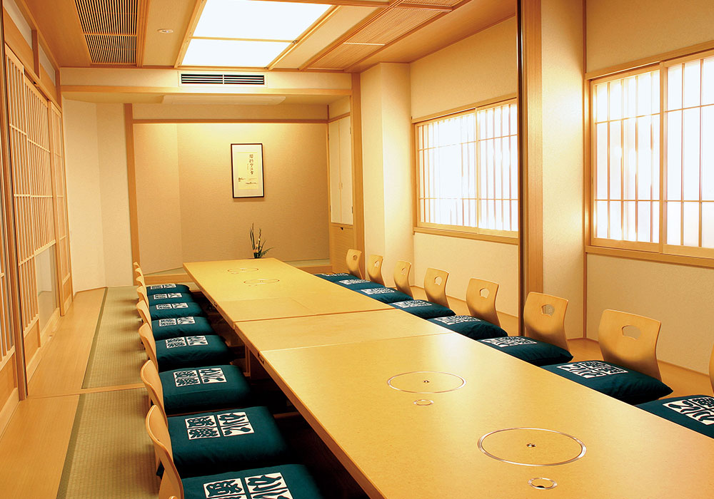 Large room (accommodate 20 people) which becomes Sakai branch introspectiveness - cozy kutsuseki (dig seat)