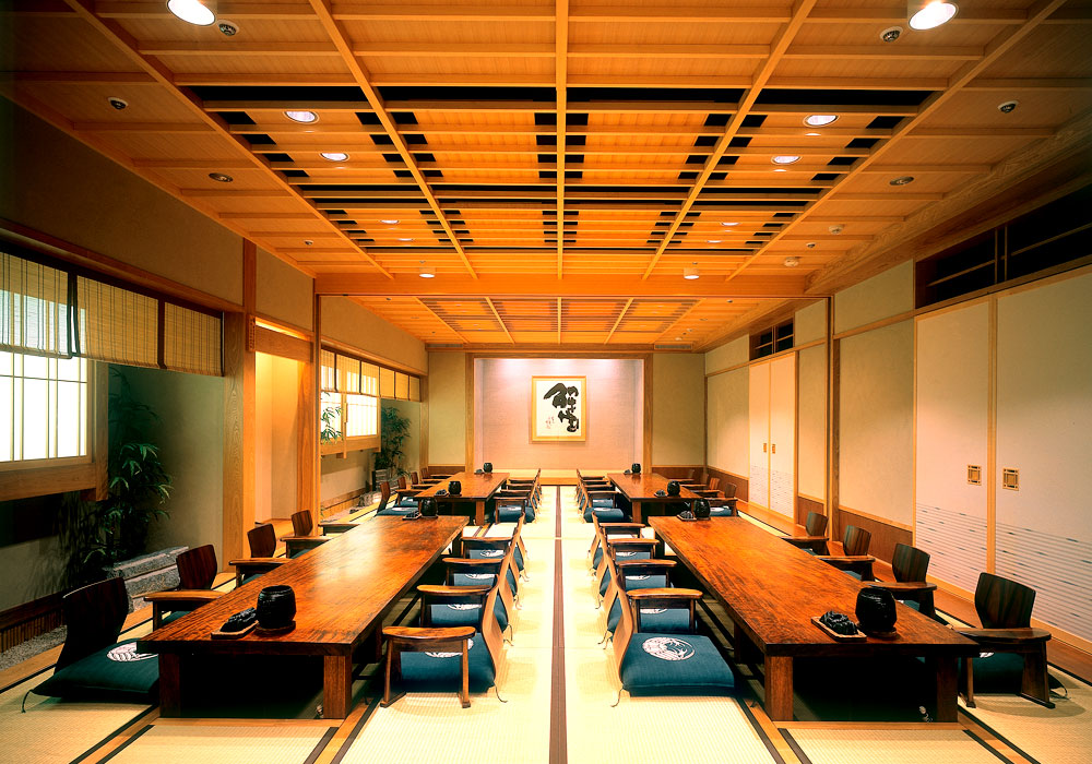 Large hall which is possible to Chiba Ekimae branch introspectiveness -70 people