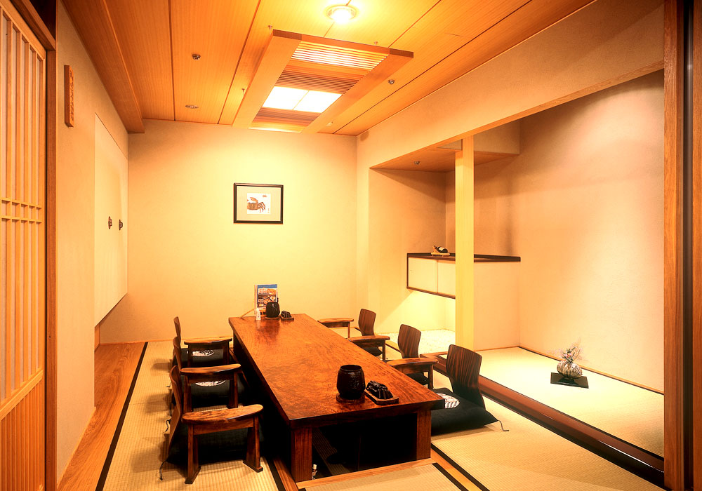 With Chiba Ekimae branch introspectiveness - presence of mind dig; private room of seat