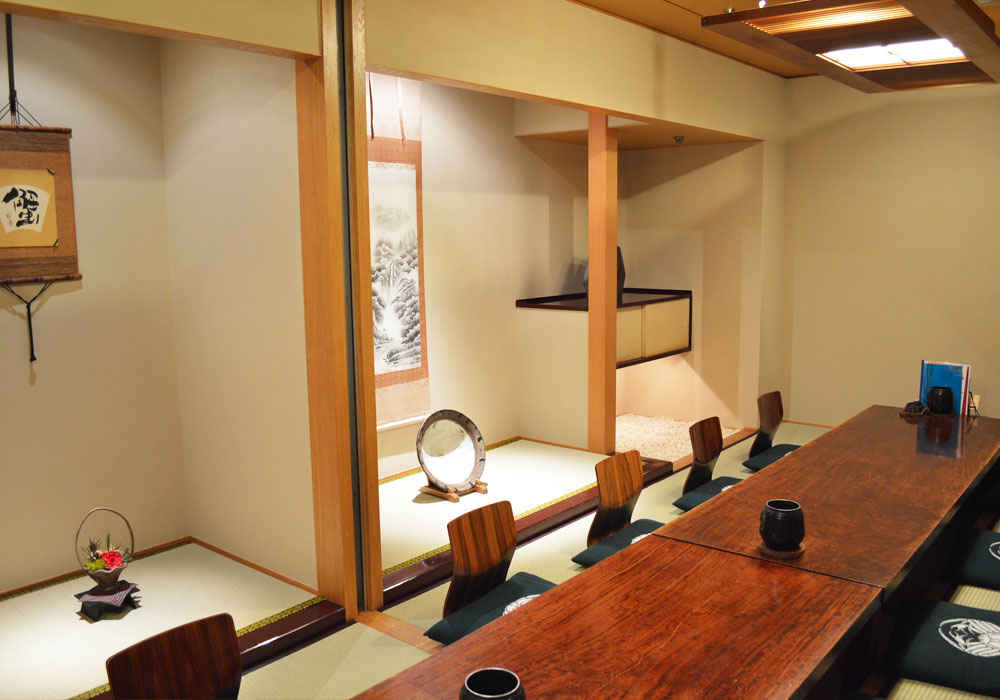 To Chiba Ekimae branch introspectiveness -16 people dig; private room of seat