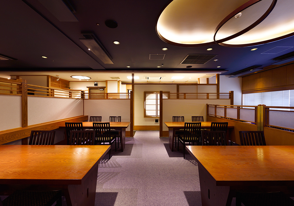 Ueno branch introspectiveness - chair seat to be able to enjoy slowly