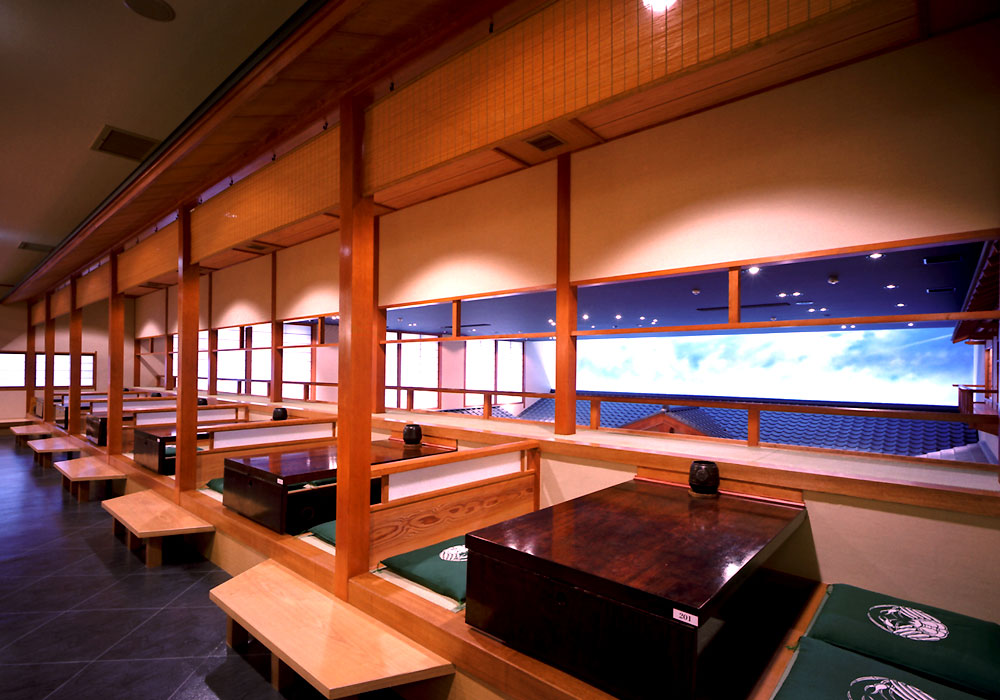The second-floor seat which can look down at Yokohama branch introspectiveness - 本陣 seat