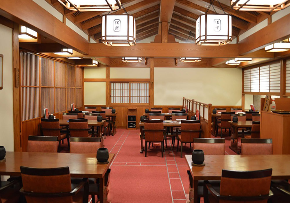 Shinjuku Ekimae branch introspectiveness - seat at a table that can relax slowly