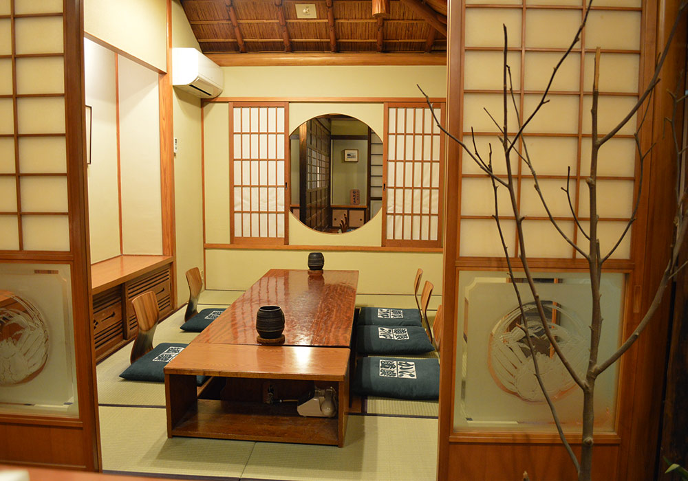 Shinjuku Honten (Main restaurant in Kanto area) introspectiveness - private room (dig seat)